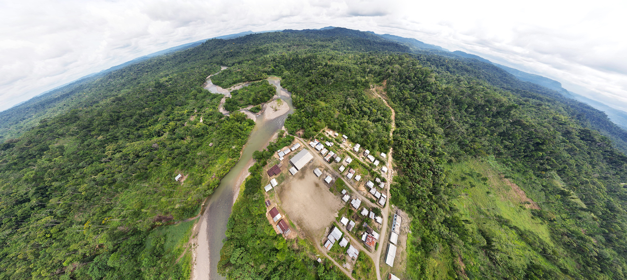 Extract of an aerial 360° panorama, Ecuador, RUNA Foundation. Click the image to see the full panorama.