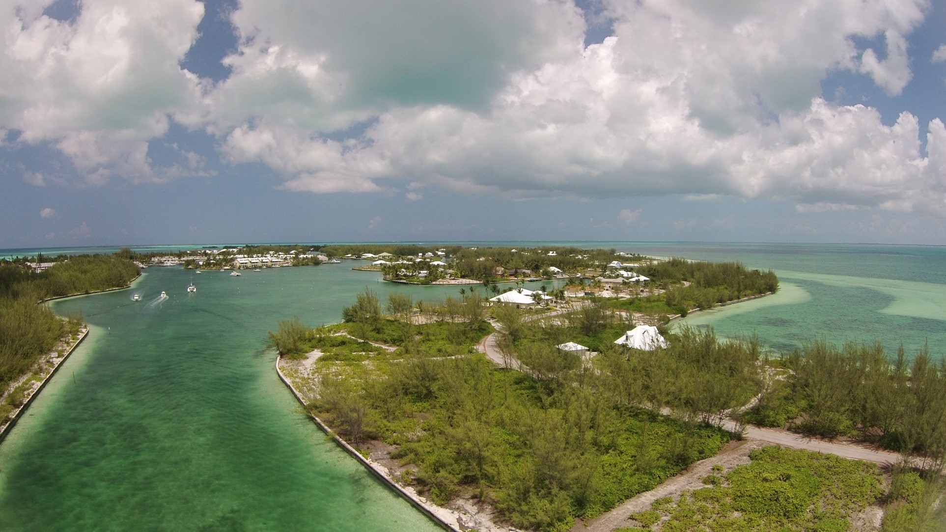 Treasure Cay, a developed site, was an example of conditions experiencing denser infrastructure development. The high human impact was reflected in lower numbers of marine animals in the drone footage.