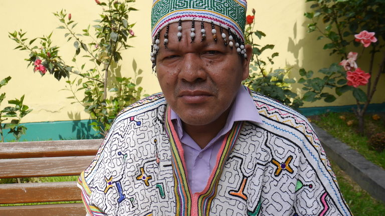 Julio Cusurichi. Image by Dan Collyns for Mongabay.