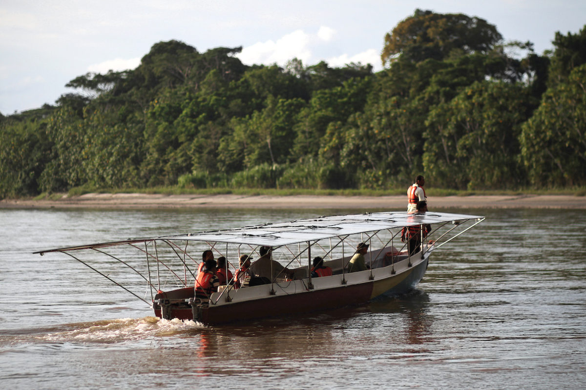 The second solar canoe has the same design as the first, only smaller. Both vessels will serve nine remote Achuar communities, enabling residents to move between them more easily. Image by Fundación Kara Solar.