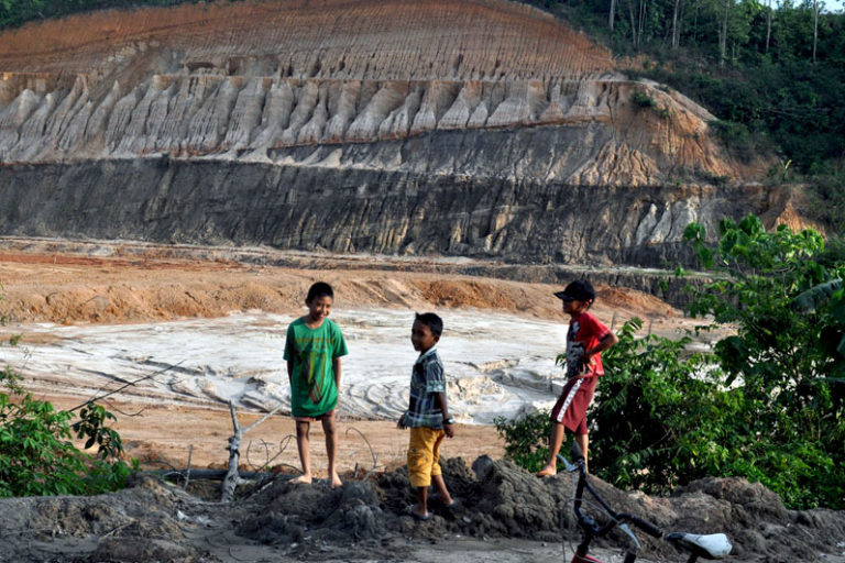 Drowning deaths at disused mines in Indonesia renew calls for action
