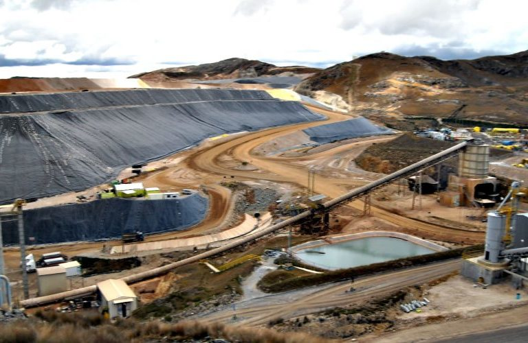 A mine in Peru. Image courtesy of the Peruvian Mining Institute.