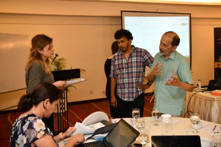 4 Experts evaluating the status of amphibiansw e1584952766693