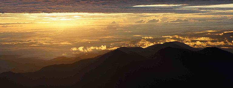Sunrise at Tres Cruces, Manu National Park. Photo by E. Ortiz