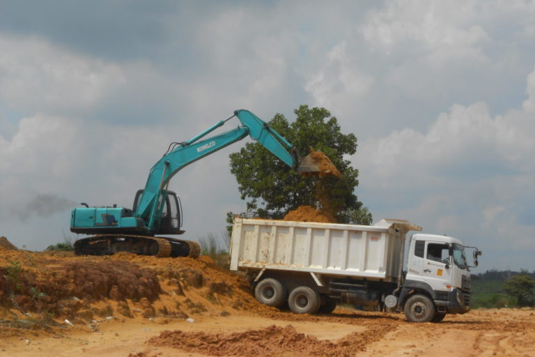 Land in and around the Balai Raja reserve has been excavated for road building. Image by Suryadi/Mongabay Indonesia.
