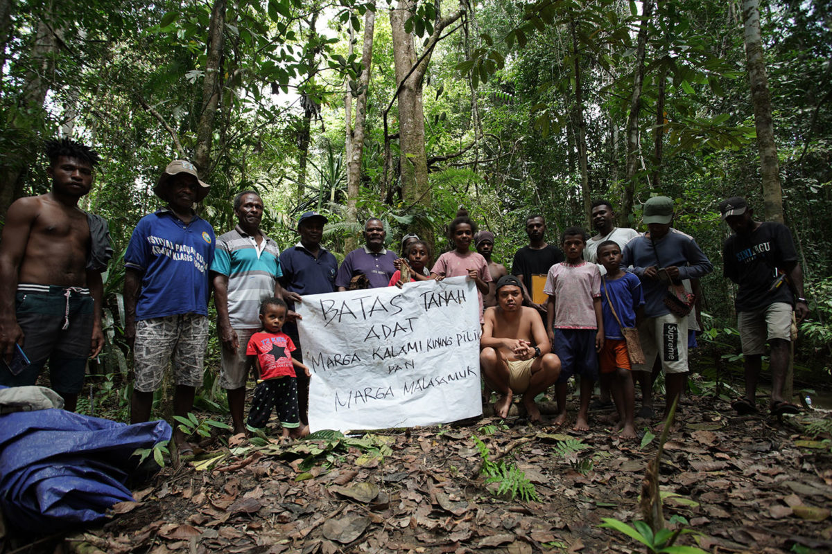 EcoNusa working with an Indigenous community in Malaumkarta in Sorong, West Papua to map their traditional lands. Photo credit: EcoNusa