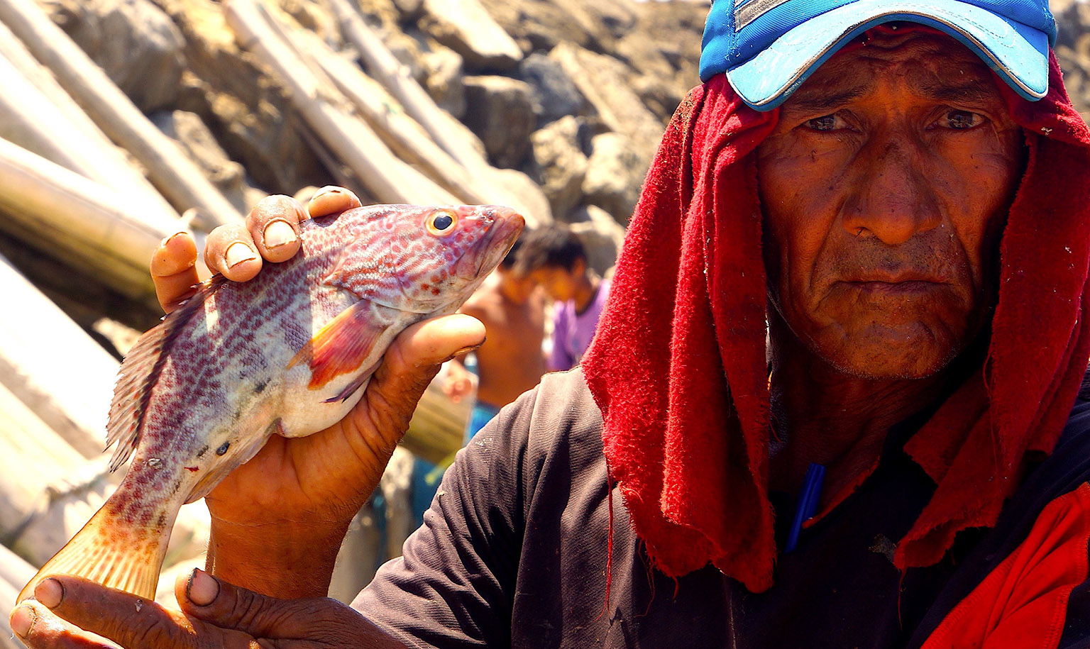 """El Nuro fisherman: """"We cannot expect to have healthy oceans when we most marine species are suffering from overfishing."""" Photo credit: Enrique Ortiz."""