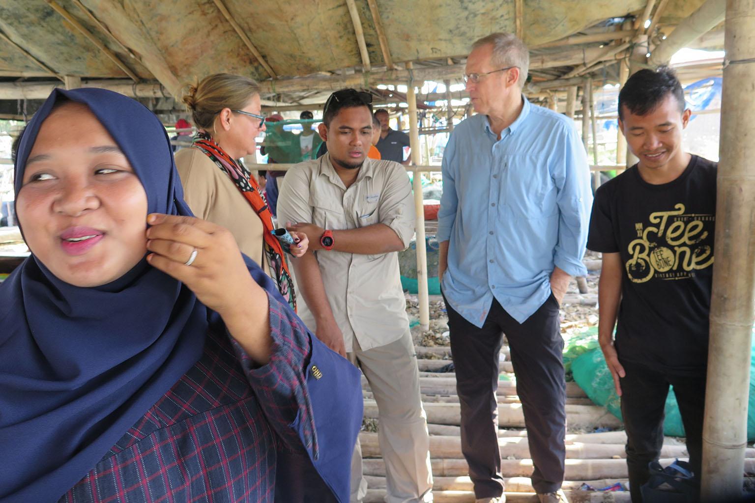 Eric Schwaab in Indonesia. Photo credit: EDF