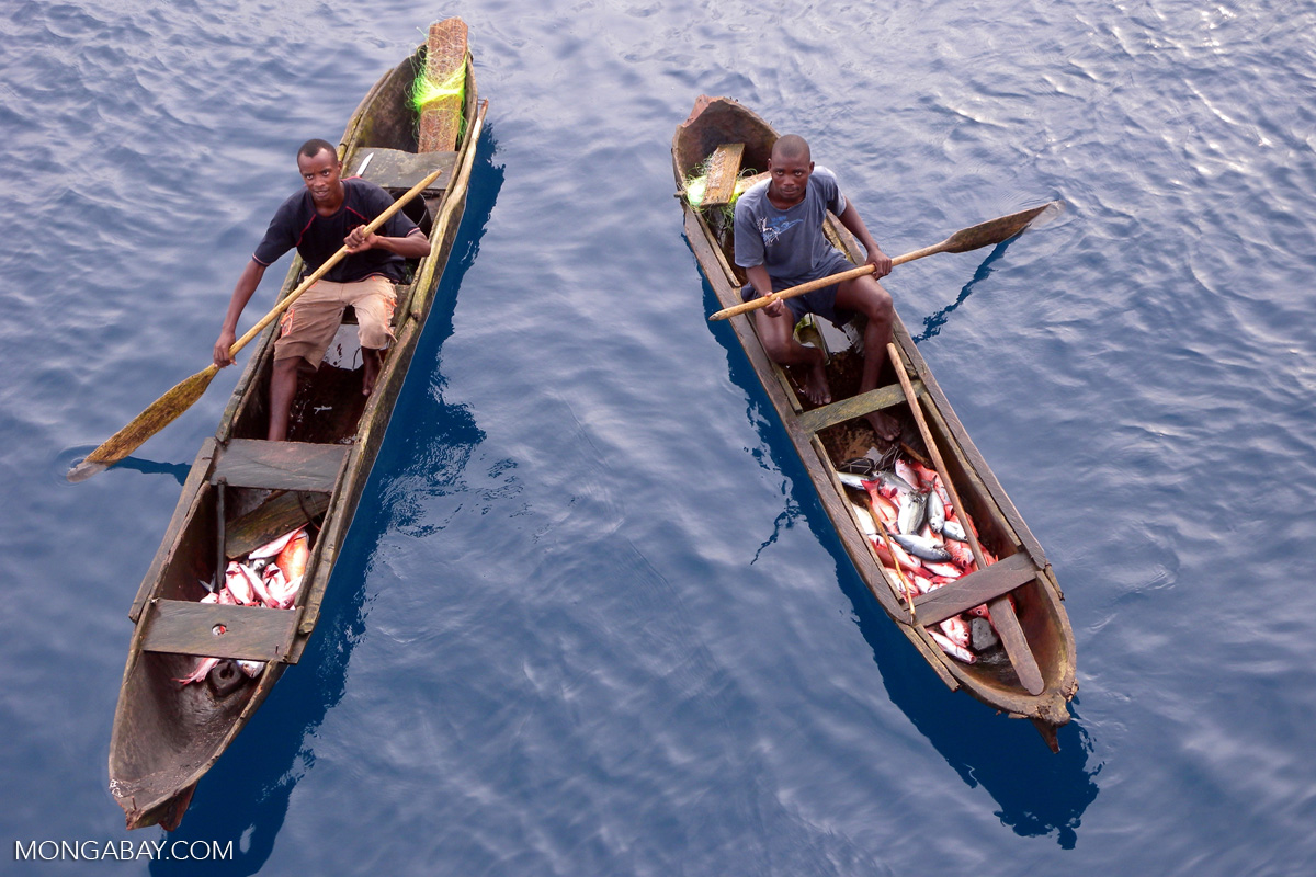 Fishermen off the Congo coast. Photo credit: Mongabay