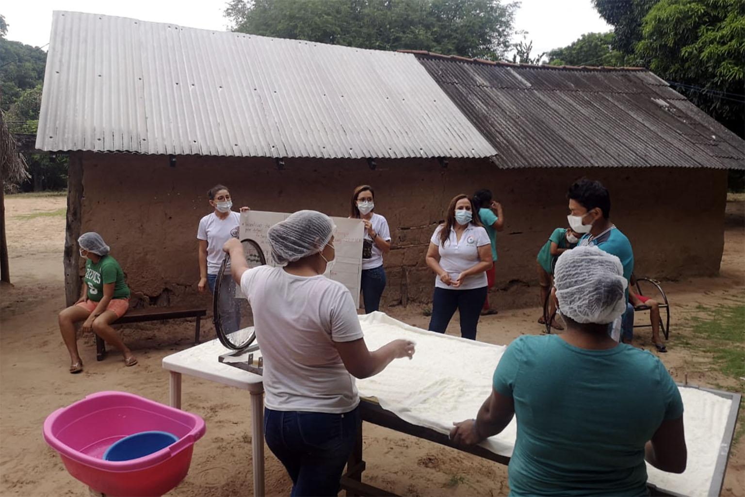 Sowing Hope project in Yororoba, Bolivia. Photo credit: El Llamado del Bosque