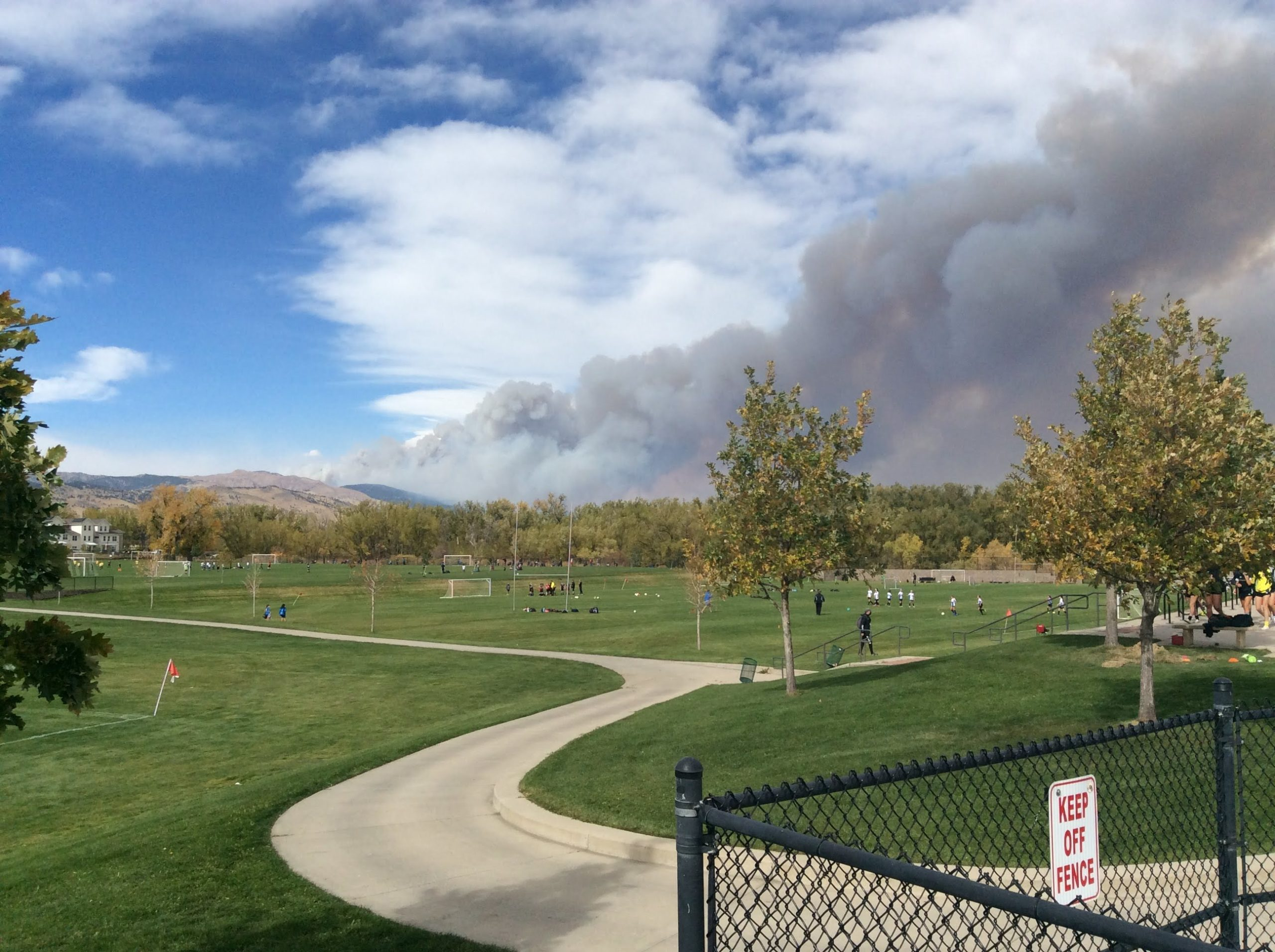 The Calwood Fire erupts west of Boulder Colorado, on October 17, 2020, contributing to a record-setting fire season in the central Rocky Mountains. Image courtesy of Bryan Shuman.