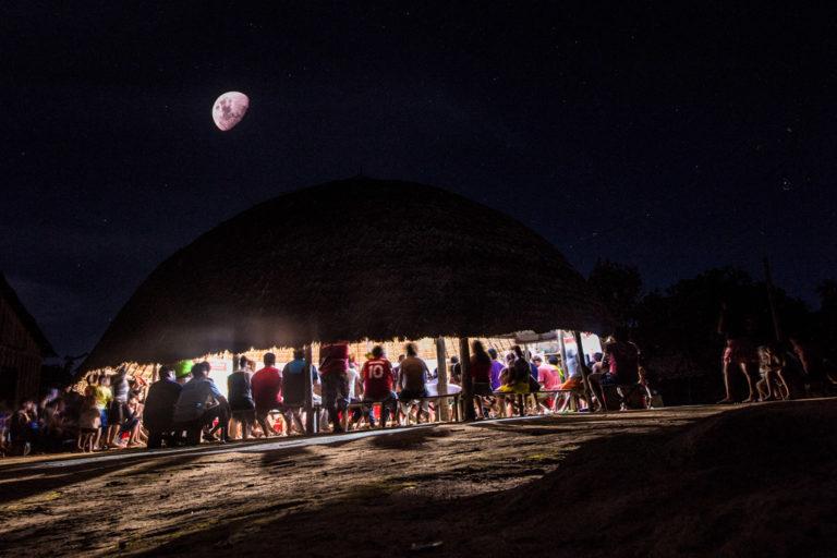 A meeting in Karapaeukuru (Aldeia Bona), an Apalaí-Wayana village in the state of Pará in Brazil. Photo credit: Mario Vilela / Funai
