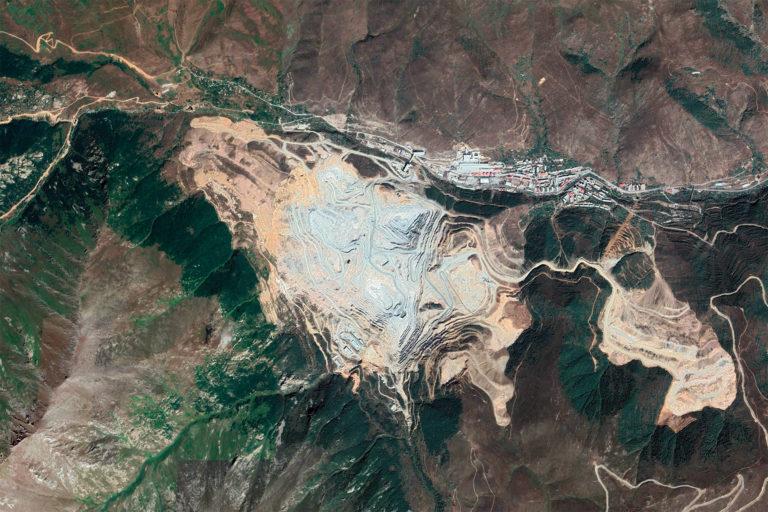 Google Earth image of the Kajaran Mine in Armenia.