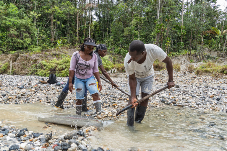 In Colombia, legal mining proves a win-win for environment, traditional communities