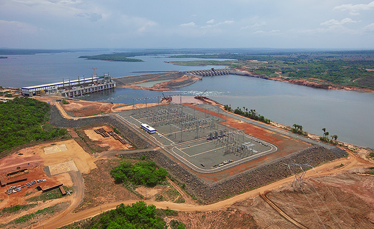 The lock at the Tucuruí dam, built between 2007 and 2010, has opened the Tocantins Waterway for future development. PAC collection at flickr.com; CC BY-NC-SA 2.0.