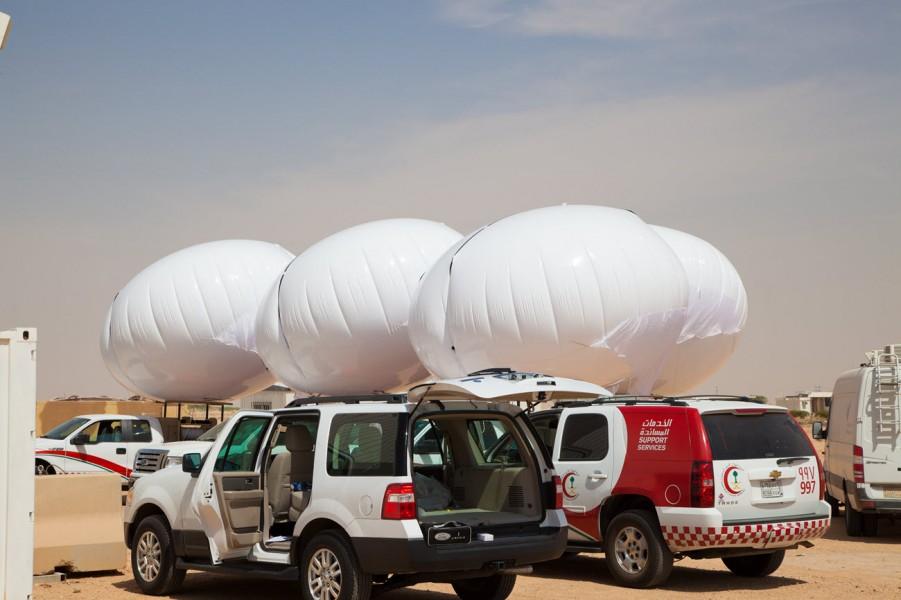 Skydoc balloons on trucks_skydocballoon dot com