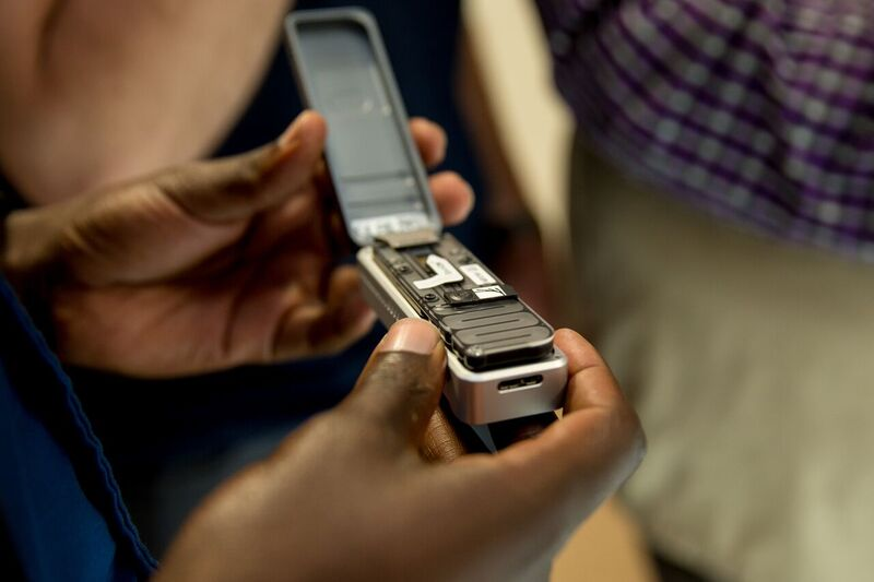 Close-up of MinION sequencer_ULeicester-Oxford Nanopore 2