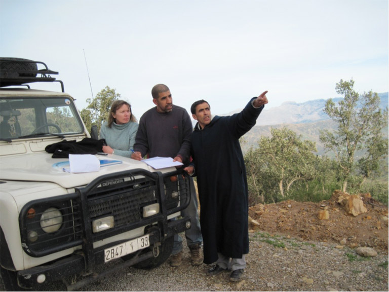 Sian, Ahmed and Mohamed conducting field research. Photo credit: Andrew Walmsley.