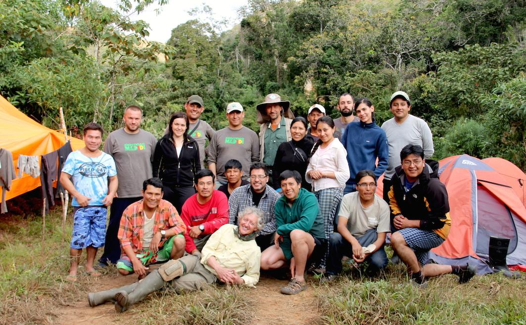 The Identidad Madidi team at the first site. Photo by Morgan Erickson-Davis.