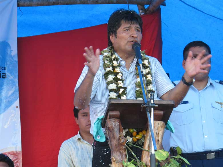 Evo Morales inaugurating a citrus processing plant near Villa Tunari, in the Chapare region of Bolivia. Photo credit: Kilobug licensed under the Creative Commons Attribution-Share Alike 3.0 Unported license.