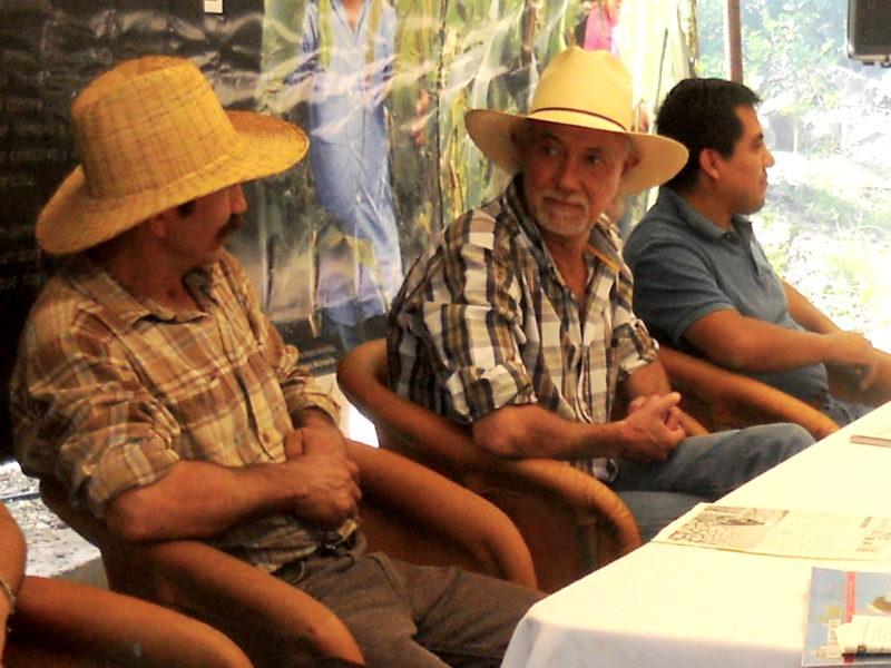 """Además de su trabajo académico, Jaime Morales es uno de los organizadores del Encuentro """"Nuestro Maíz, Nuestra Cultura"""" de la Red de Alternativas Sustentables Agroecológicas, (RASA). Foto de Pablo Hernández Mares."""