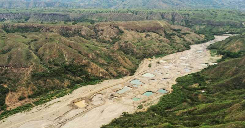 El ahora seco Río Sambingo. Foto cortesía del Ejército Nacional Colombiano.