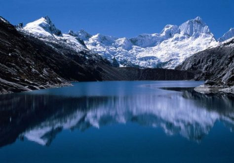 El agua proveniente de los Andes provee de este recurso a la costa. En la fotografía se observa el Parque Nacional de Huascarán en la región andina de Áncash. Fotografía: Lamula.pe