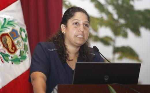 La directora de Serfor, Fabiola Muñoz, dice que los mecanismo legales se están agotando, por eso están utilizando los mecanismos de regulación que les otorga el mercado. (Fotografía: Andina.pe)