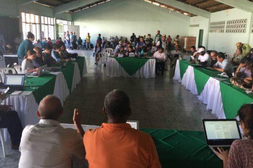 El sábado en la mañana comenzó el diálogo entre el Gobierno,los pueblos indígenas y la población afrocolombiana. (Fotografía: ONIC)