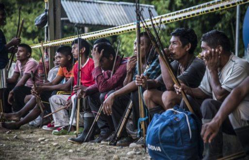Los u´wa piden que se cumplan los acuerdos relacionados a sus derechos territoriales. Fotografía de Kinorama Producciones.