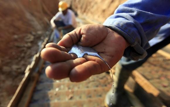 Mercurio utilizado en la minería ilegal. Foto referencial: Manuel Saldarriaga.