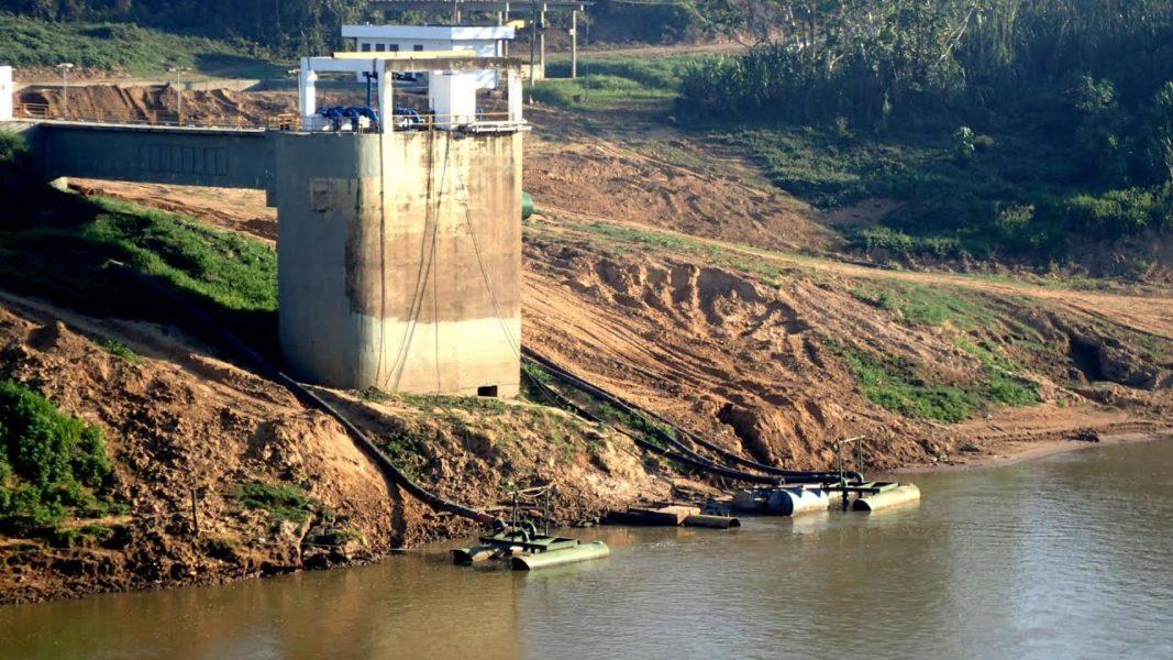 El río Acre en Brasil registra el nivel de agua más bajo de los últimos 40 años. Foto cortesía de Foster Brown.