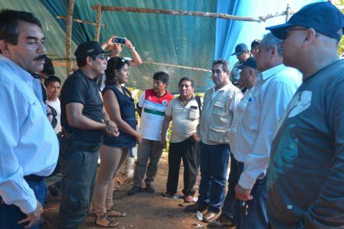 Autoridades peruanos visitaron el domingo pasado la comunidad nativa de Uchichiangos en Amazonas. Fotografía de Ever Yangua.