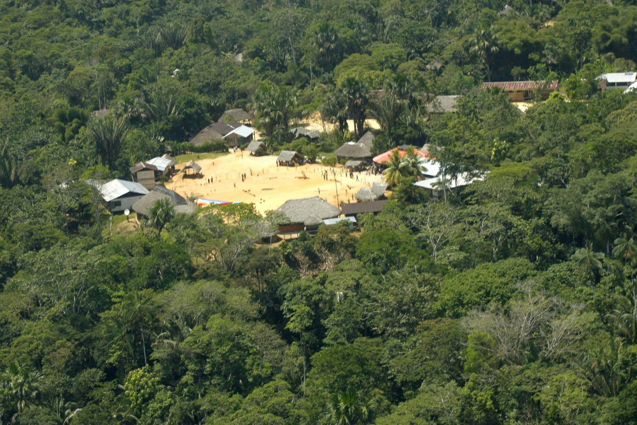 El pueblo Sarayaku sigue esperando que el Gobierno ecuatoriano cumpla con la sentencia de la CIDH. Foto: Carlos Mazabanda.