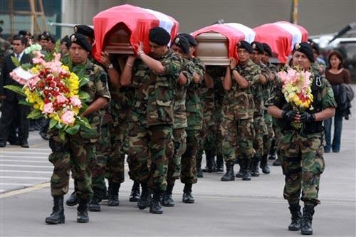 Velorio de policías caídos en el 'Baguazo'. Fotografía de Utero.pe/Difusión.