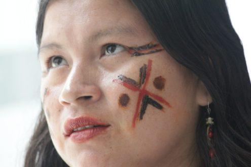 Diana Ríos, de la comunidad Alto Tamaya Saweto en la región Ucayali. Foto de Lorena Flores Agüero