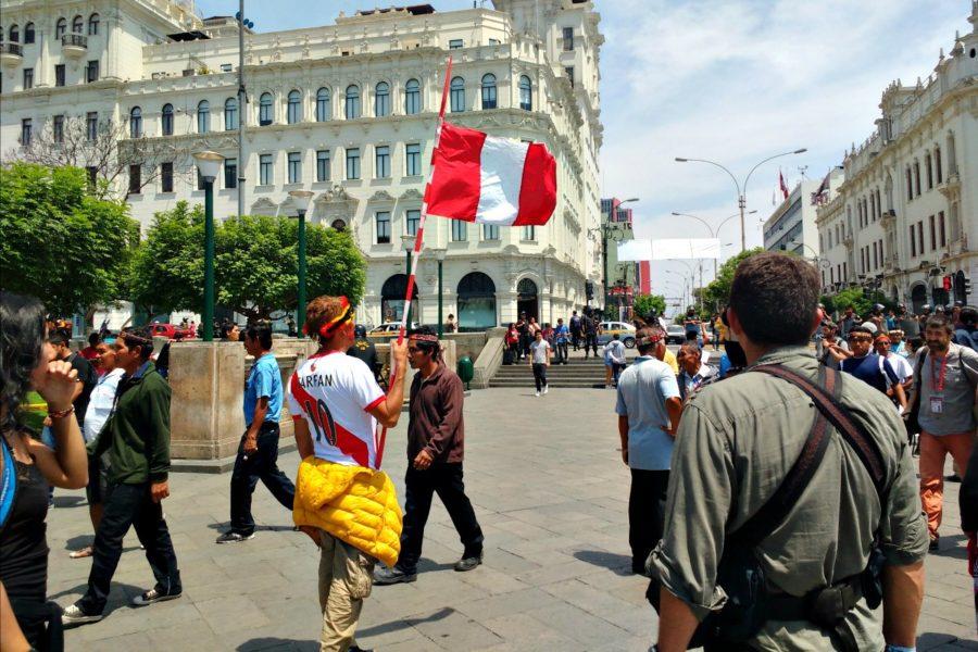 Protesta en la Plaza San Martín. Foto: Milton López Tarabochia.