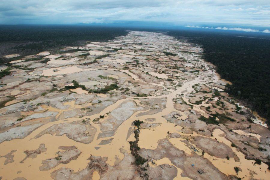 Degradación del bosque en Madre de Dios debido a la minería aurífera. Foto: Agencia Andina.