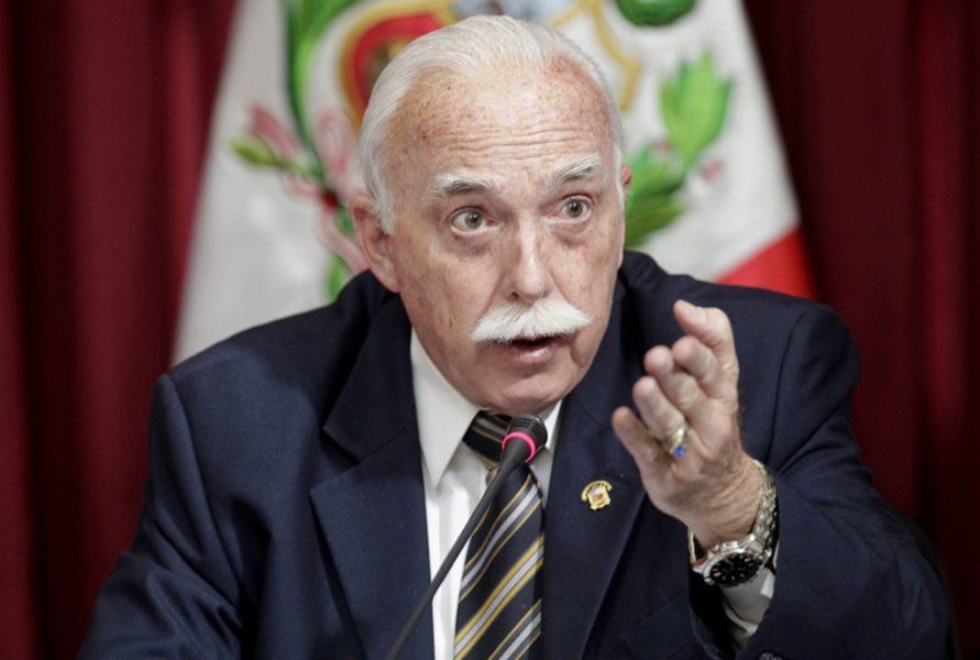 Congresista Carlos Tubino del partido Fuerza Popular. Foto: Agencia Andina.