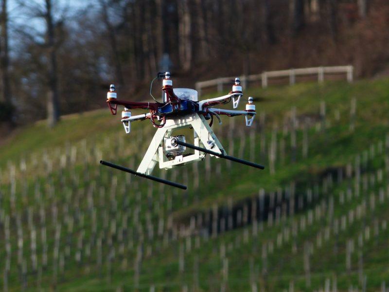 Imagen referencial de un dron del tipo hexacóptero. Foto: Pixabay