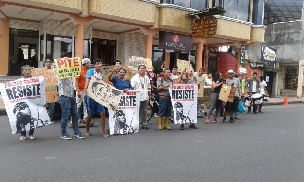 Protesta en Puyo (Pastaza) por desmilitarización de Nankints. Foto: Cortesía Confeniae.