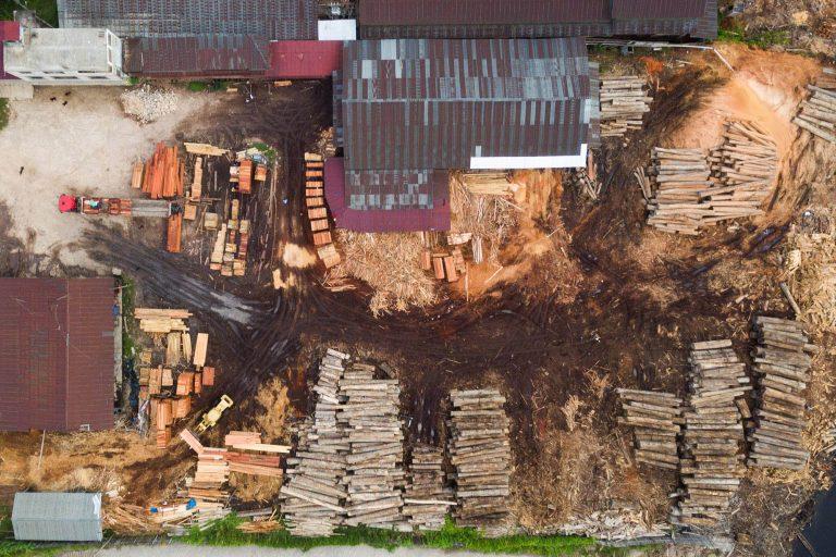 Publicación revela que la mayor parte de la madera que exportó el Perú en el año 2015 era de origen ilegal o de procedencia desconocida. Foto: EIA