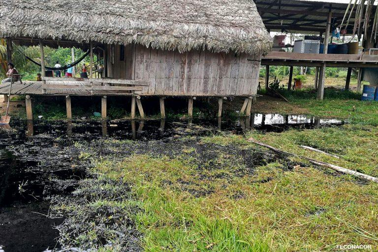 Los pueblos indígenas reclaman atención y la remediación de los daños ocurridos por los derrames de petróleo en la Amazonía. Foto: Feconacor.