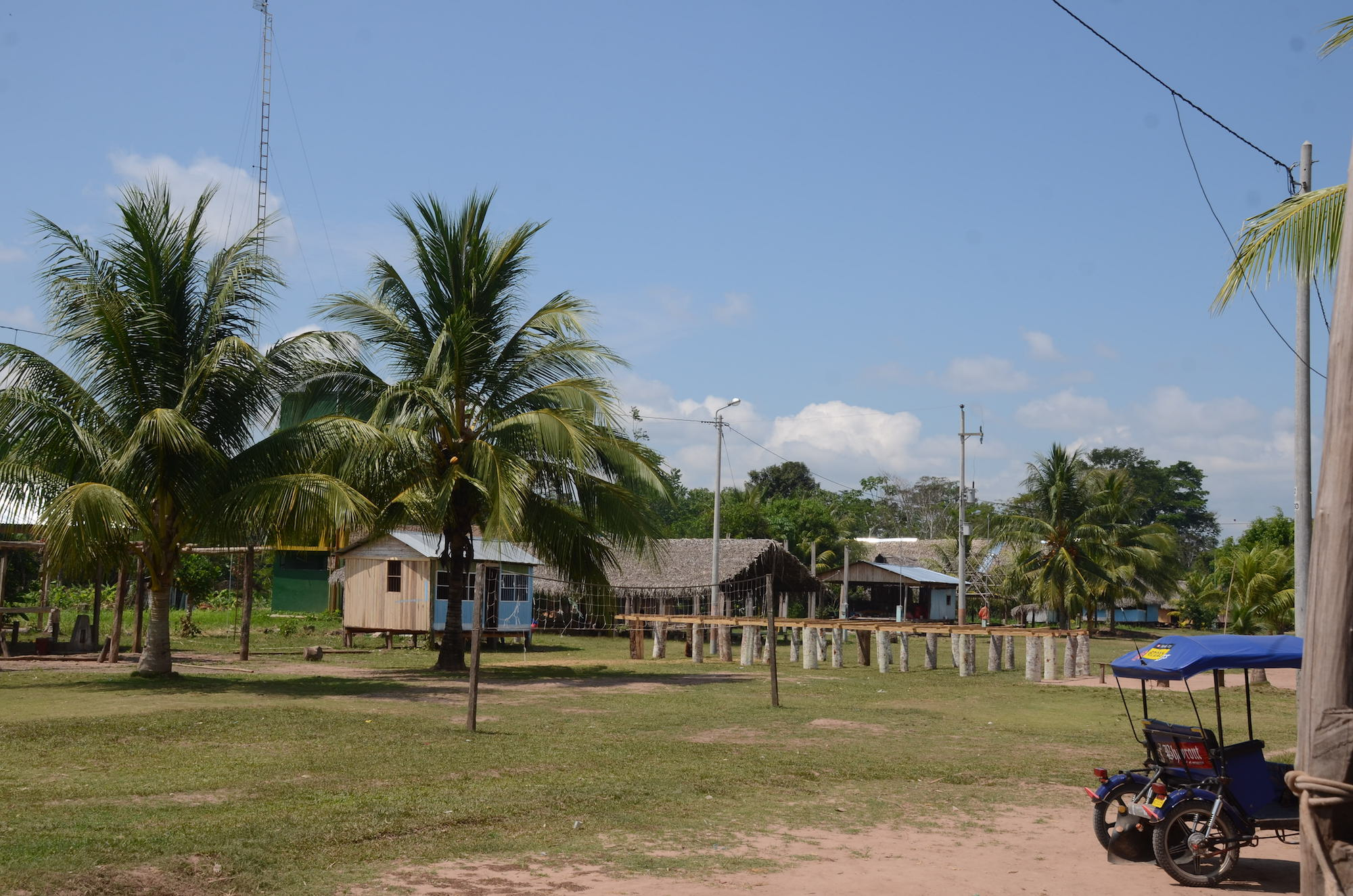 La comunidad nativa Santa Clara de Uchunya se enfrenta por su territorio a la empresa de palma Ochosur P. Foto: Yvette Sierra Praeli.