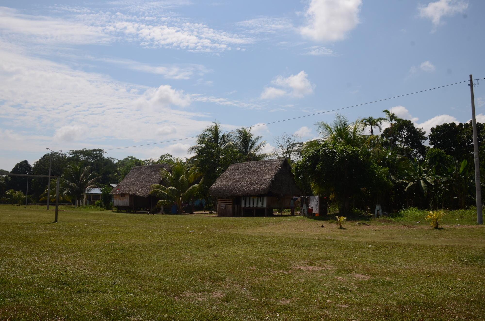 La comunidad de Santa Clara de Uchunya reclama hace varios años la ampliación de su territorio. Foto: Yvette Sierra Praeli.