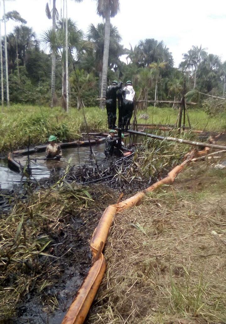 La empresa estatal Petroperú sostiene, nuevamente, que el derrame habría sido causado por terceros. Crédito: Giner Panduro.