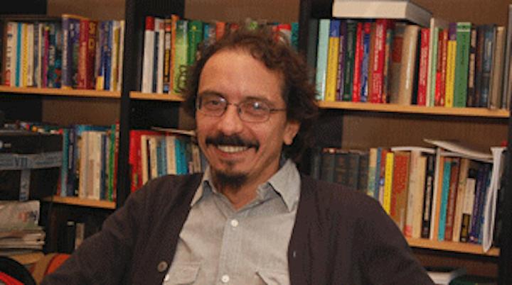 El científico chileno Pablo Marquet desarrolla modelos matemáticos para predecir el futuro de la humanidad. Foto: ISCV