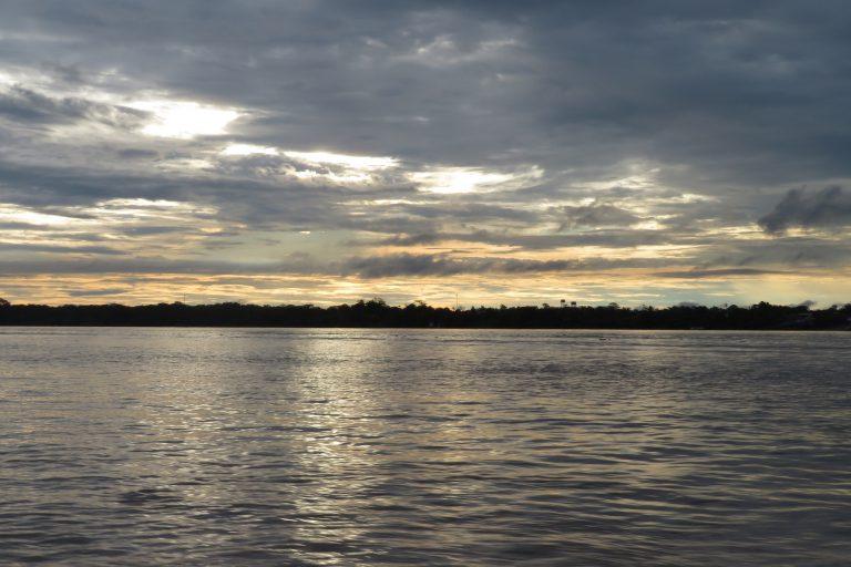 El Amazonas fue el primer río que investigó luego de sus estudios en laboratorio. Foto: Mongabay Latam