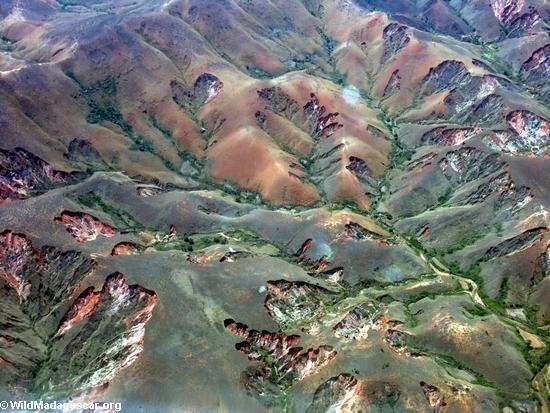 Madagascar:La erosión de los suelos causada luego de la pérdida de bosque. Foto: Rhett A. Butler