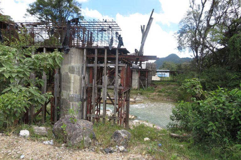 La planificación de más de 20 hidroeléctricas en el municipio de San Mateo Ixtatán ha generado conflictos en la región. Foto: Front Line Defenders